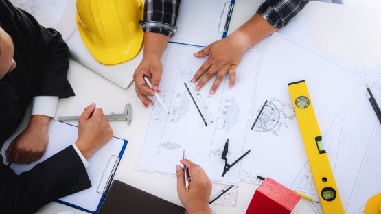 why hire a general contractor